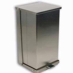 Detecto C-24 Stainless Steel Step-On Can Waste Receptacle 24 Quart (6 gallon) Capacity