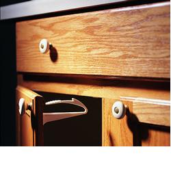 KidCo S331 Adhesive Mount Cabinet/Drawer Lock