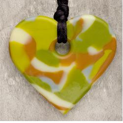 Teething Bling HPEN-CAMHRT Baby Teething Heart Pendant, Chameleon