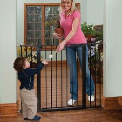 KidCo G1201, Tall & Wide Auto Close Gateway - Black