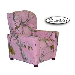 Dozydotes 13150 Fabric Children's Recliner with Cup Holder - Camouflage Pink/Real Tree
