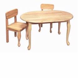GiftMark 3002N Oval Shaped Queen Anne Table with Matching Chairs, Natural