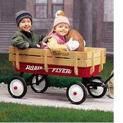 Radio Flyer 22 Radio Flyer Travler Wagon