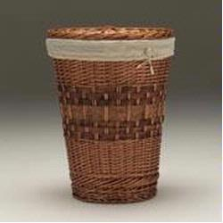 4421 Handcrafted Willow Selection Redmon Large Light Brown Round Hamper With Liner